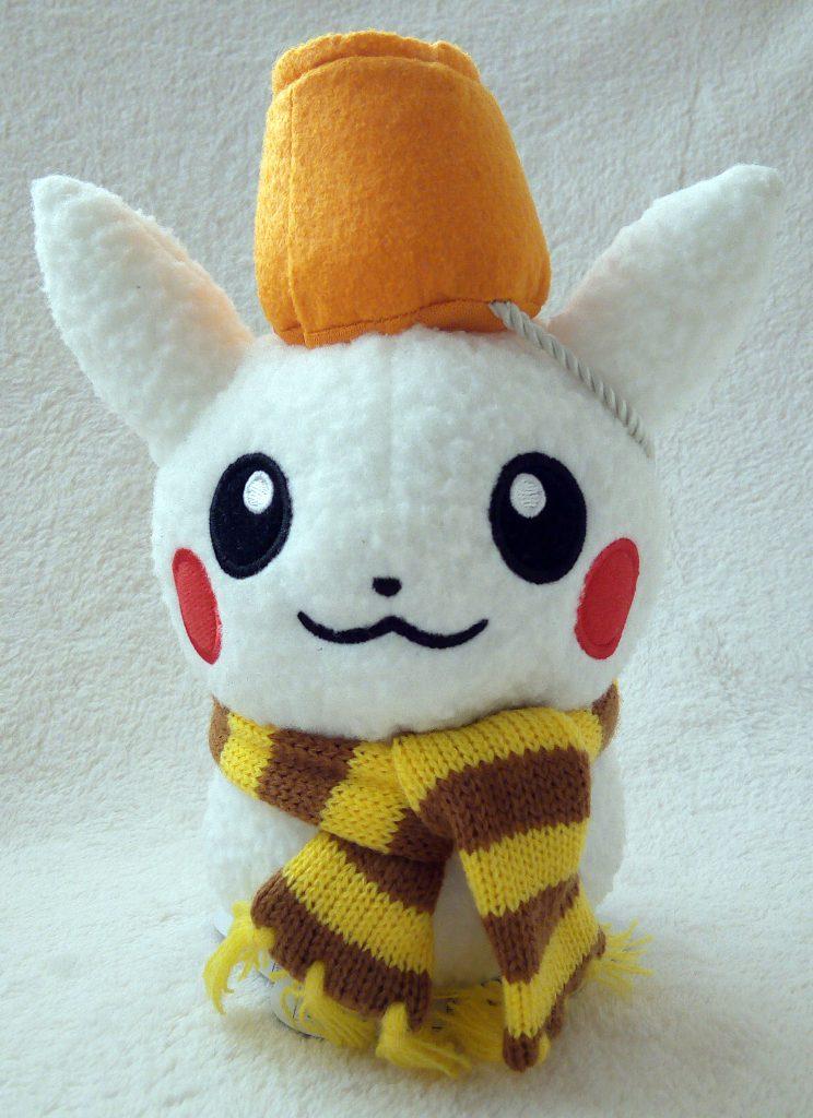 Pokémon Center Christmas 2014 plush Pikachu snowman front