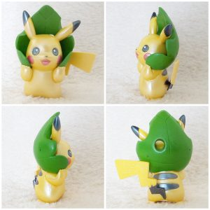 Tomy Pikachu with leave pearly