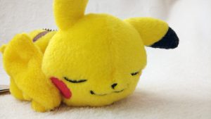 Pikachu Mania Sleeping keychain Plush
