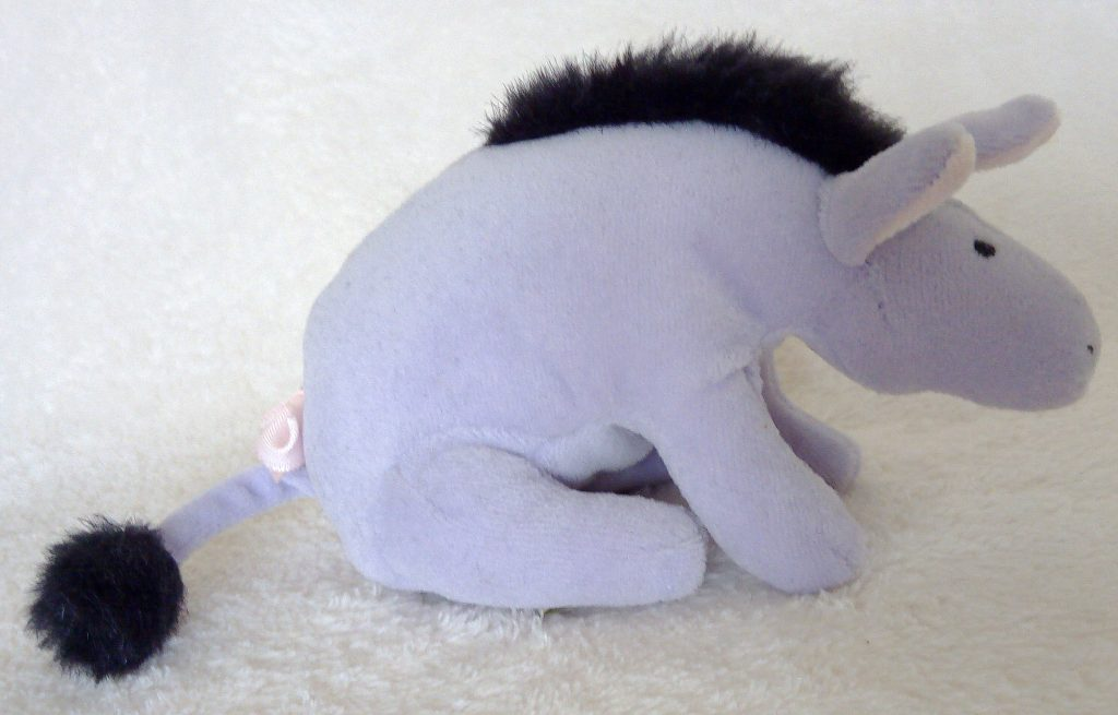 The side of Classic Pooh beanie Eeyore by Golden Bear