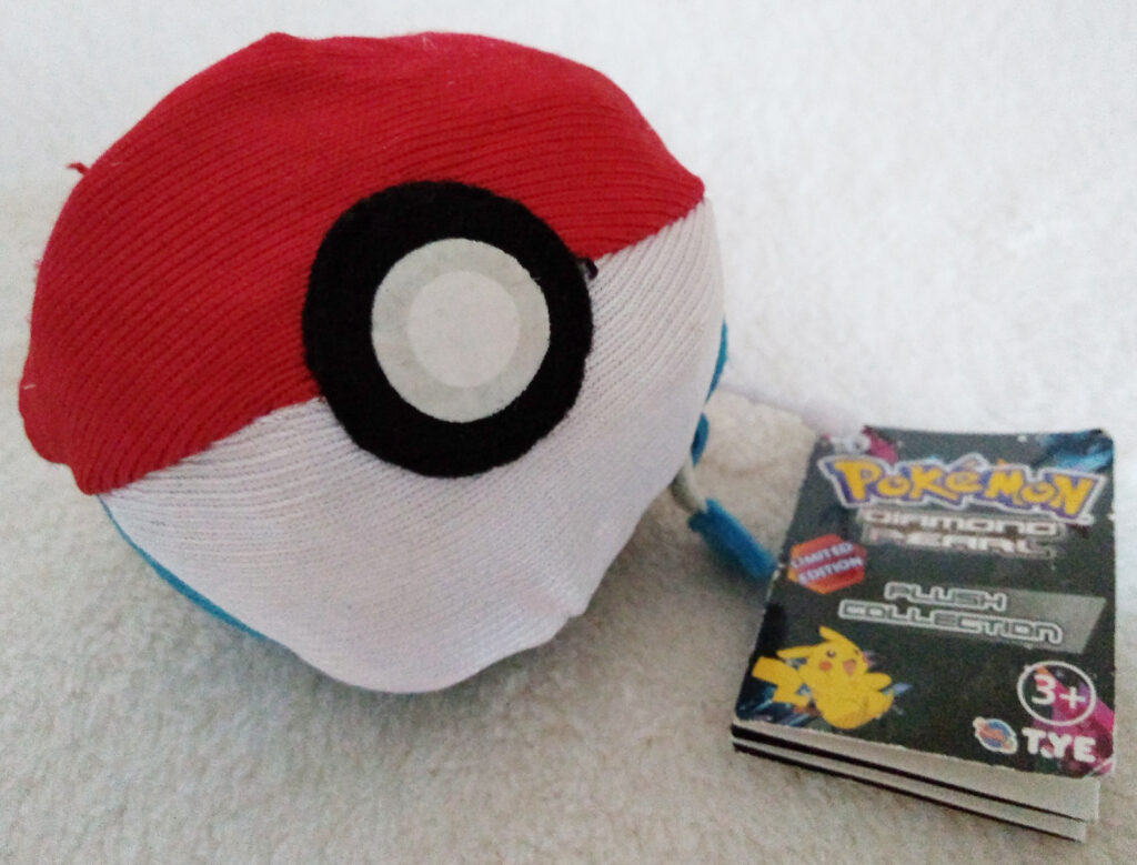 Reversible Pokéball plush by Tomy, Manaphy Pokéball